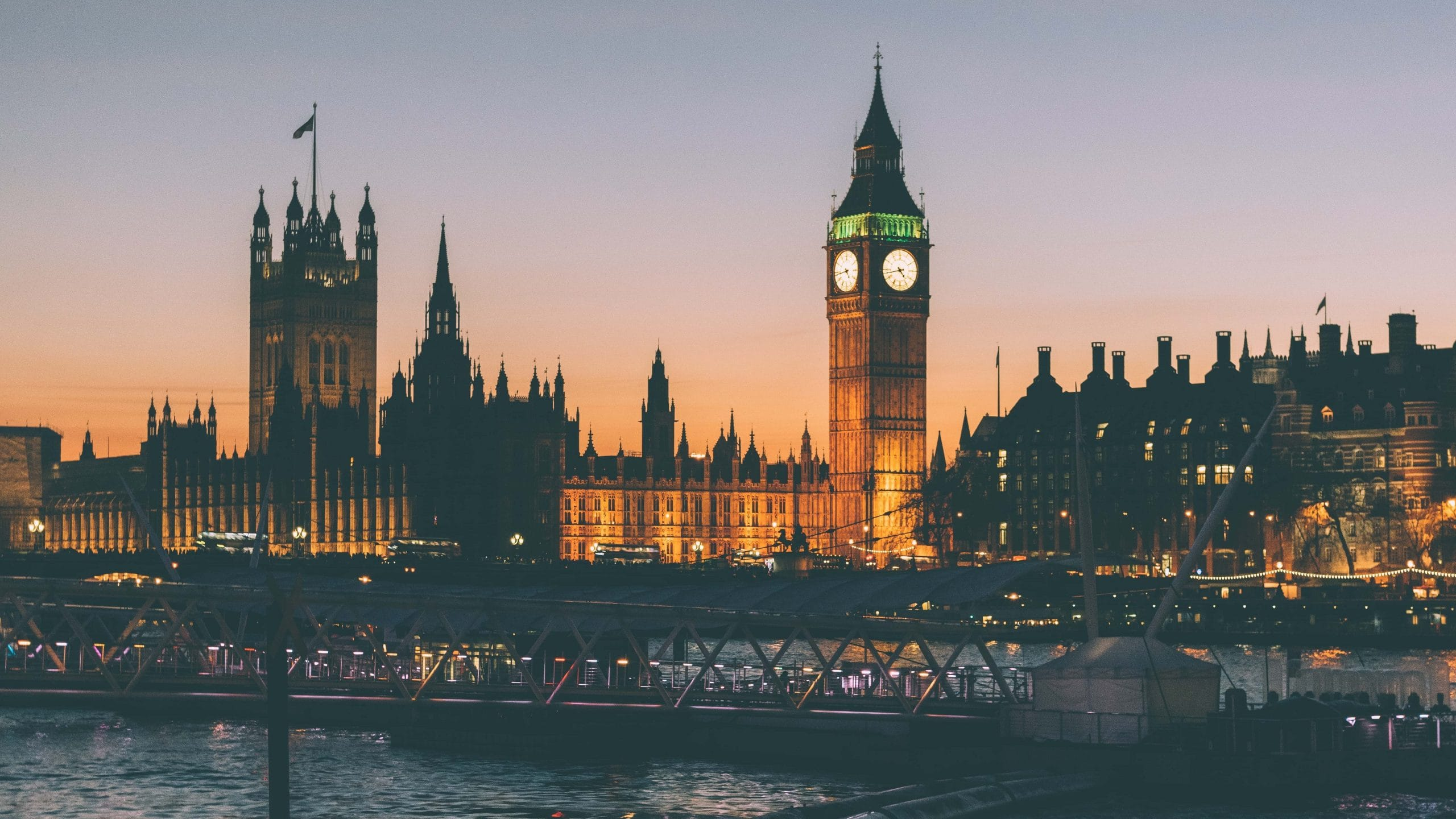 Big Ben and Houses of Parliament Famous London Landmarks